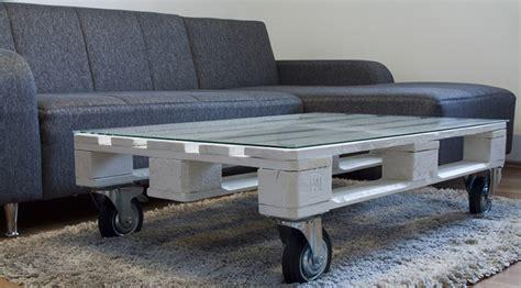 coussin pour canapé palette diy créer des meubles en palettes déco