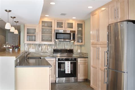 Remodeled Kitchens Small Kitchen Makeovers Before And