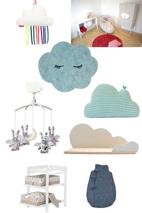 decoration nuage chambre bébé la chambre de bébé une déco dans les nuages femme
