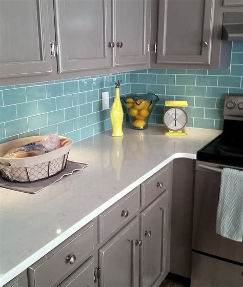 glass subway tile kitchen backsplash green glass subway tile kitchen backsplash subway