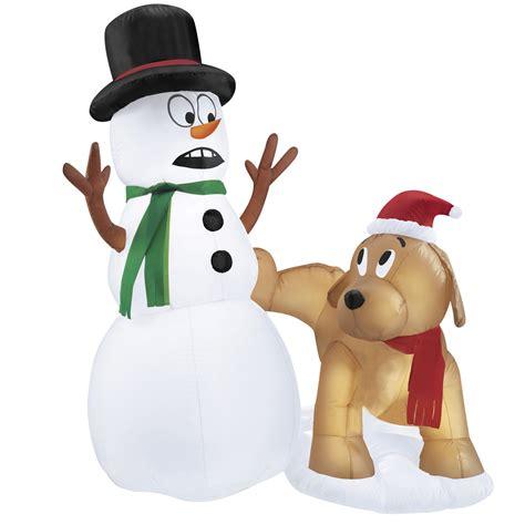 trim  home  airblown snowman  dog