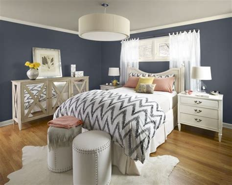 Cowskin Rug by Best 25 Navy Blue Bedrooms Ideas On Pinterest Navy