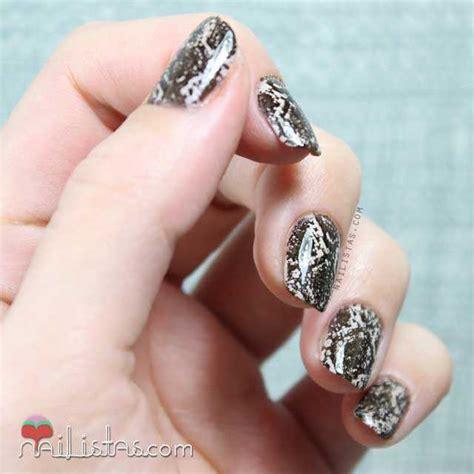 Copperhead o serpiente cabeza de cobre. Uñas decoradas de serpiente   Stamping nail art ...