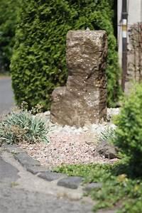 Naturstein Im Garten : wasserspiel brunnen naturstein quellstein ~ A.2002-acura-tl-radio.info Haus und Dekorationen