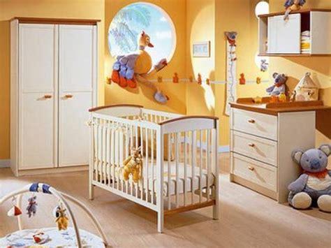 chambre autour de bébé chambre bébé complete armoire lit commode meuble mural
