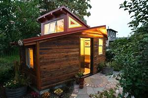 120 sq ft small studio wrapped in reclaimed redwood chills for Small houses in california