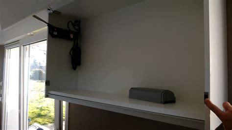 ouverture cuisine meuble haut à ouverture électrique blum