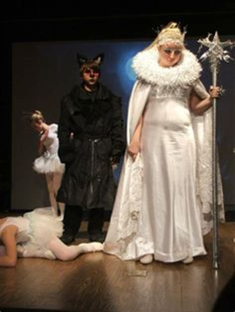 images  lion witch  wardrobe  pinterest