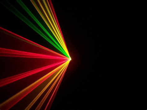 laserworld el 200rgy multi color laser system for green and yellow laser effects with dmx
