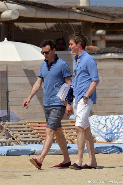 Addicted to Eddie: Candid Photos of Eddie on vacation in ...