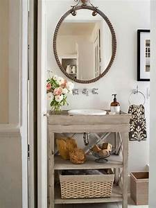 Small bathroom decorating ideas decozilla for Small old bathroom decorating ideas