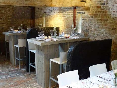 tafels en stoelen huren west vlaanderen steigerhouten meubelen huren west vlaanderen eventinators