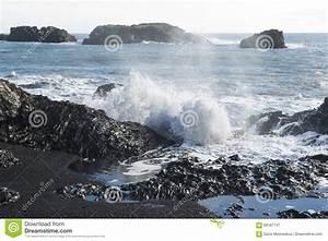 Atlantic Lava Stone : icelandic volcanic cave stock photo 69998520 ~ Markanthonyermac.com Haus und Dekorationen