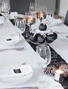 Tischdeko Schwarz Weiß Ideen : festtafel zu weihnachten tischdekoration mit tafelfarbe ~ Bigdaddyawards.com Haus und Dekorationen