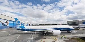 Boeing Finishes First Dreamliner 787-9 - Business Insider