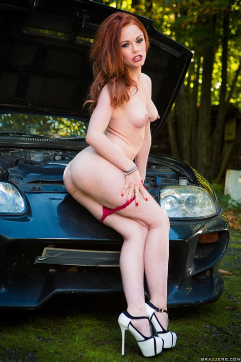 Red Haired Babe Is Very Hot Photos Ella Hughes Milf Fox