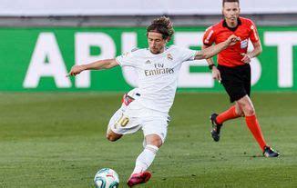 Real Madrid vs Villarreal Highlights 2 - 1 VIDEO