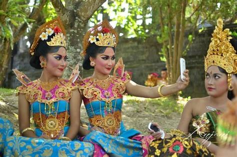 bali girls picture  bali great travel private day