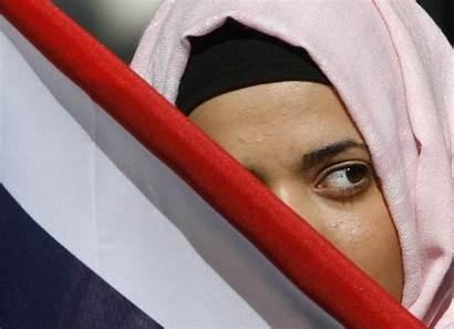 Muslims Hijab Mps Pulled Muslim Woman British