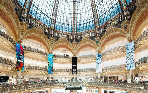 siege galerie lafayette le groupe galeries lafayette absorbe bazarchic