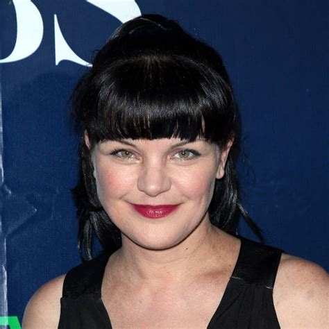 pauley perrette hair color pauley perrette suffers allergic reaction to hair dye