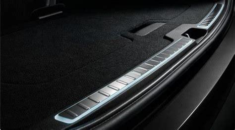 volvo xc illuminated tailgate scuff plate illuminated