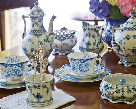 blue and white china l the art of blue and white china the cottage journal