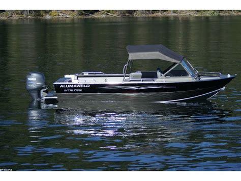Alumaweld Boats by Research 2011 Alumaweld Boats Intruder Outboard 22 On