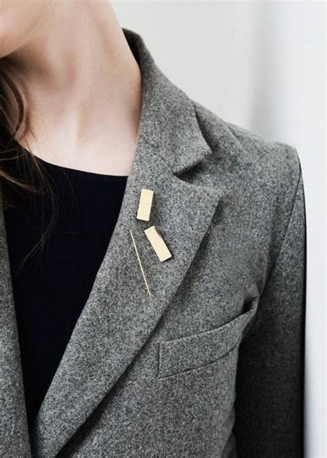 cool ways  wear  brooch lauren messiah