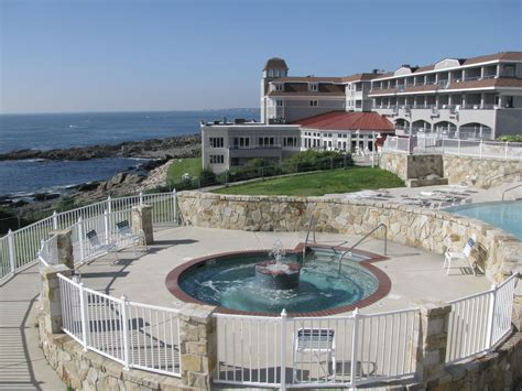 cliff house resort  spa ogunquit maine weekend