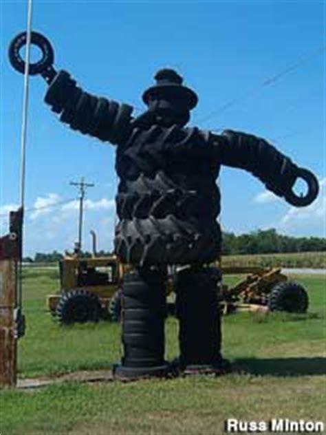 dumas ar giant tire man