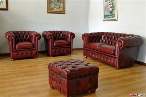 Divano Chesterfield Pelle : Chesterfield Leather Footstool. Create Your Own Custom Model