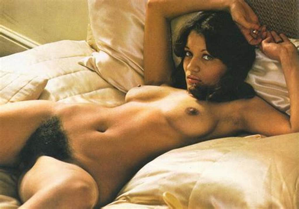 #Brunette #Bed,Slim,Eyes,Retro,Vintage,Hairy,Unshaven