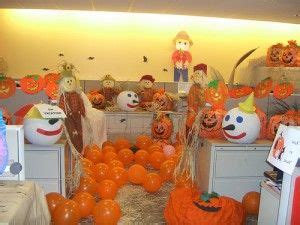 halloween cubicle decorations   time arnolds