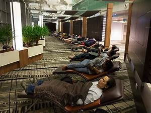 How to Sleep in an Airport: Changi, The Worlds Best