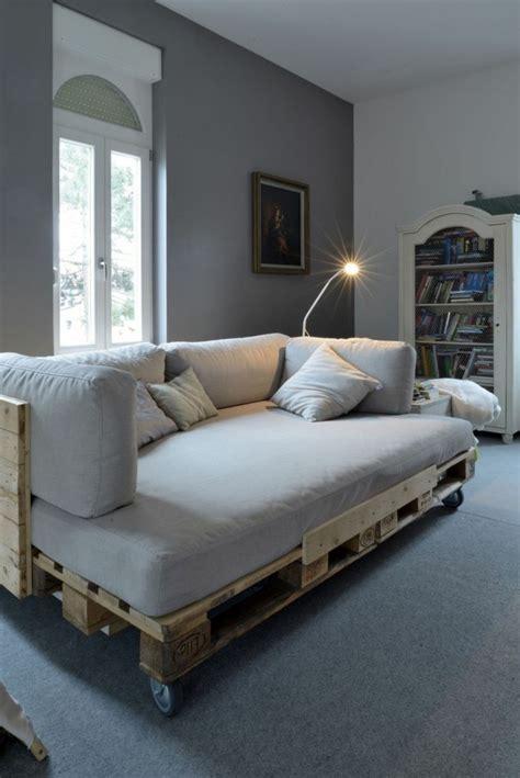 Wohnzimmer Aus Paletten by 50 Coole Modelle Sofa Aus Europaletten Archzine Net