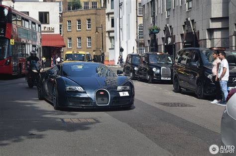 Bugatti veyron 16.4 super sport review hurricanes max out at 155mph and that is a category 5 hurricane, the type that would kill 12,000 people and did once in texas in 1900. Bugatti Veyron 16.4 Super Sport - 27 Mai 2018 - Autogespot