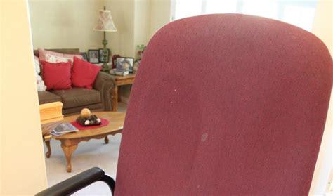 divas diy reupholster  ugly office chair
