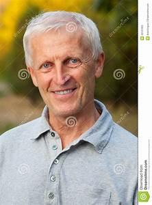 Coupe Homme Cheveux Gris : visage de vieil homme aux cheveux gris photos stock image 33131463 ~ Melissatoandfro.com Idées de Décoration