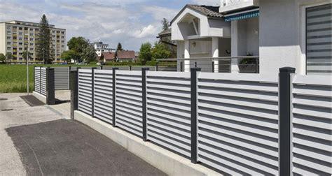 Moderne Häuser Mit Zaun by Alu Zaun Landeck Leeb Balkone Und Z 228 Une