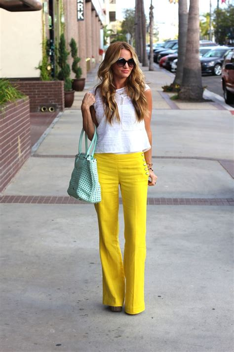 17 Best ideas about Yellow Pants on Pinterest | Yellow jeans Yellow jeans outfit and Mustard ...