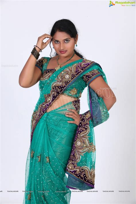 navel thoppul low hip show in saree page 106 xossip