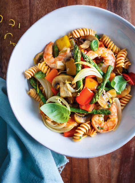 pates aux legumes  aux crevettes ricardo