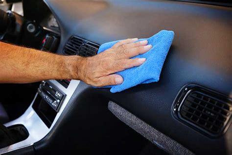 nettoyer si鑒e voiture comment nettoyer le plastique intérieur de voiture etape par etape