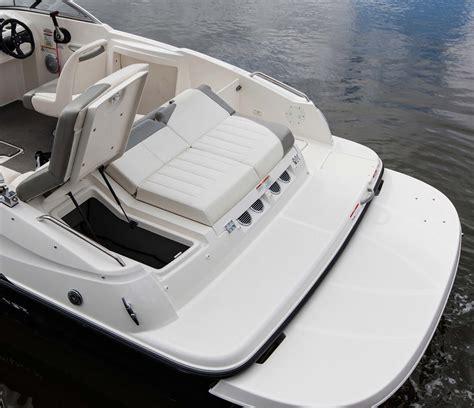 Bayliner 215 Deck Boat by Bayliner 215 Deck Boat Bayliner Deck Boat Sales