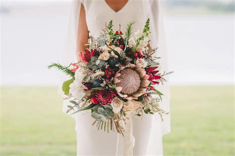 Floral Saving Ideas For Your Wedding Wedding Flowers