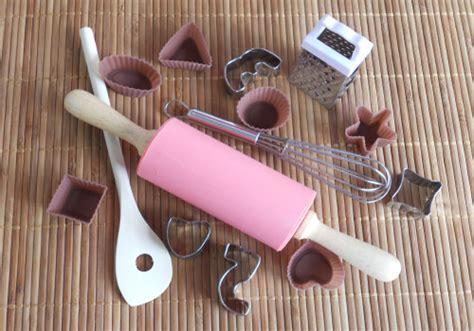 ustensiles de cuisine pour enfants accessoires de cuisine pour enfants le de l 39 îlot