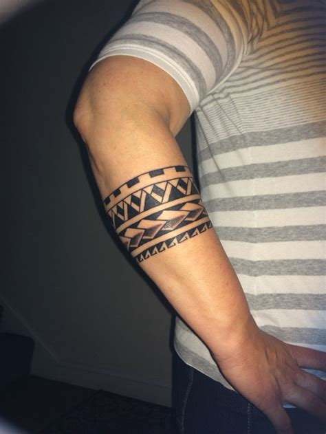 armband schwarz handgelenk mann maori