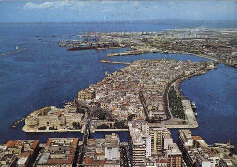 Di Commercio Di Brindisi Taranto E Brindisi Accorpano Le Loro Camere Di Commercio