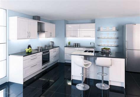 cuisine blanche et bleu armoires de cuisine blanches avec quels murs et crédence